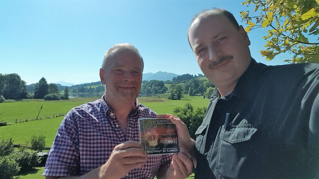 CD-Übergabe an Rainer Siegl